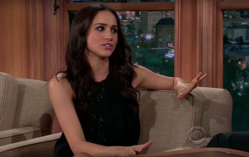 The American actress attempts to laugh off Ferguson's sexist remarks [Photo: YouTube]