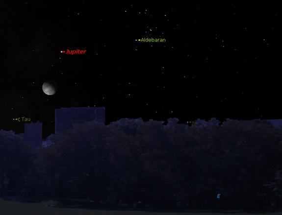 Moon, Jupiter and Bright Star Show Off in Night Sky This Week