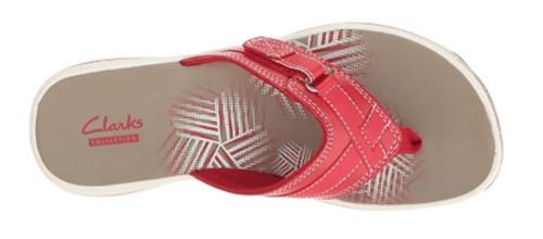 Shoppers can't stop raving about how comfortable and supportive these sandals are. (Photo: Zappos)