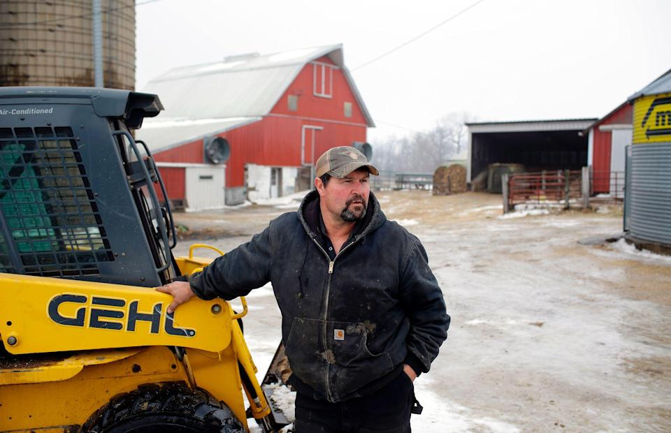 Farmer Duane Hunt takes a break from working at his farm on February 2, 2019 in Earlville, Iowa. (Photo: JOSHUA LOTT/AFP/Getty Images)