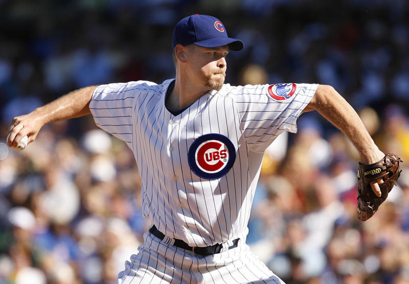 FILE - This Aug. 31, 2007 file photo shows Chicago Cubs pitcher Kerry Wood delivering a pitch against the Houston Astros during the seventh inning of a baseball game in Chicago. Wood, who electrified baseball with a 20-strikeout game as a rookie in 1998 and then became a reliever after his career was slowed by numerous injuries, is expected to retire after pitching one more game for the Chicago Cubs. The 34-year-old Wood was in uniform Friday, May 18, 2012, against the White Sox in the opener of their first interleague series of the season.  (AP Photo/Nam Y. Huh, FIle)