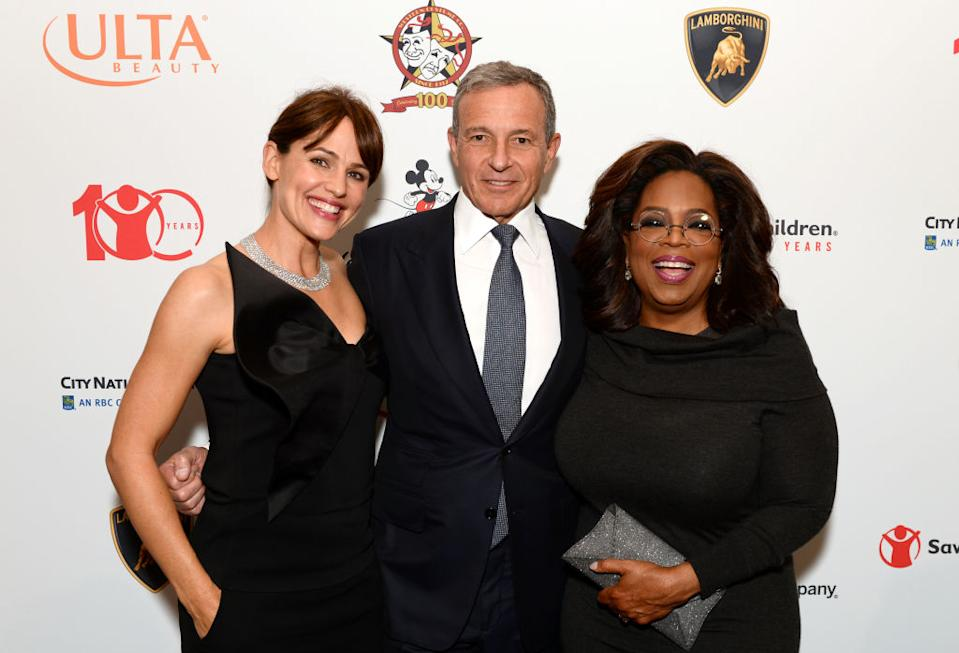 Jennifer Garner, Robert Iger and Oprah Winfrey attend Save the Children's Centennial Celebration: Once in a Lifetime at The Beverly Hilton Hotel on Oct. 2 in Beverly Hills, Calif. (Photo: Andrew Toth/Getty Images for Save The Children)