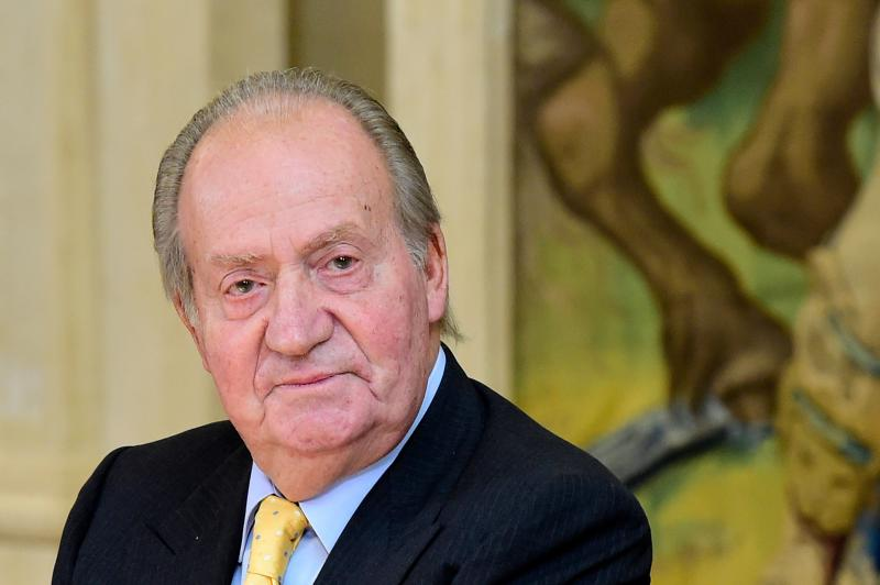 Spain's King Juan Carlos attends the annual meeting of the board of the Carolina Foundation at the Zarzuela Palace in Madrid on June 5, 2014. Spain's government on June 3 approved legislation to bring into force King Juan Carlos' abdication, a day after the 76-year-old announced he would hand the crown to his son Prince Felipe. AFP PHOTO / JAVIER SORIANO (Photo by Javier SORIANO / AFP) (Photo by JAVIER SORIANO/AFP via Getty Images)