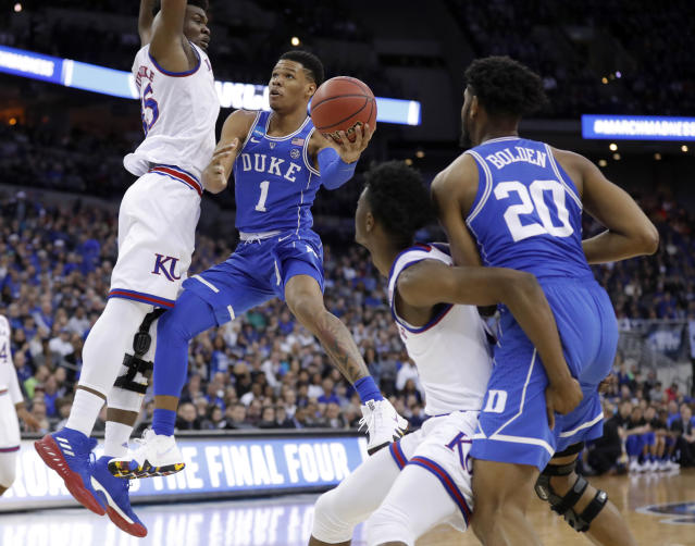 "Duke's <a class=""link rapid-noclick-resp"" href=""/ncaab/players/141037/"" data-ylk=""slk:Trevon Duval"">Trevon Duval</a> (1) announced that he will declare for the NBA draft on Wednesday. (AP)"