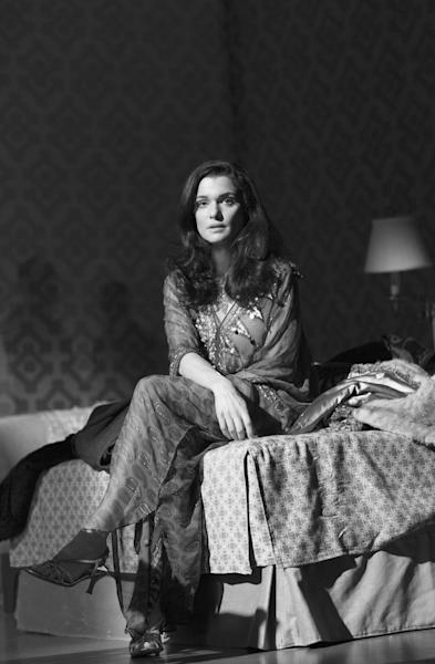 """This undated photo provided by Boneau/Bryan-Brown shows, Rachel Weisz as Emma, in Harold Pinter's """"Betrayal,"""" directed by Mike Nichols, at the Barrymore Theatre in New York. (AP Photo/Boneau/Bryan-Brown, Copyright Brigitte Lacombe)"""