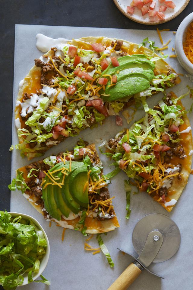 "<p>For everyone who can never decide what to make for dinner, here's three meals in one.</p><p>Get the recipe from <a rel=""nofollow"" href=""http://www.delish.com/cooking/recipe-ideas/recipes/a53971/beef-taco-salad-pizza-recipe/"">Delish</a>.</p>"
