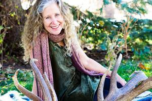 Esther Cohen, M.S, RD, FNT -- a Top Woman in Wellness -- to lead a new Masterclass on The Depths of Consciousness: from Invisible to Visible. Attend FREE informational zoom meeting on 12/7 at 4 pm MST.