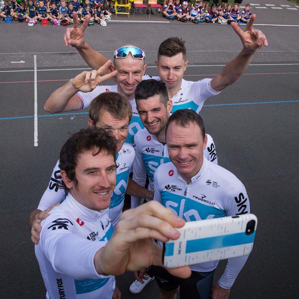 Geraint Thomas, Chris Froome, Wout Poels, Ian Stannard, Vasil Kiriyenka and Lukasz Wisniowski take a selfie - GETTY IMAGES