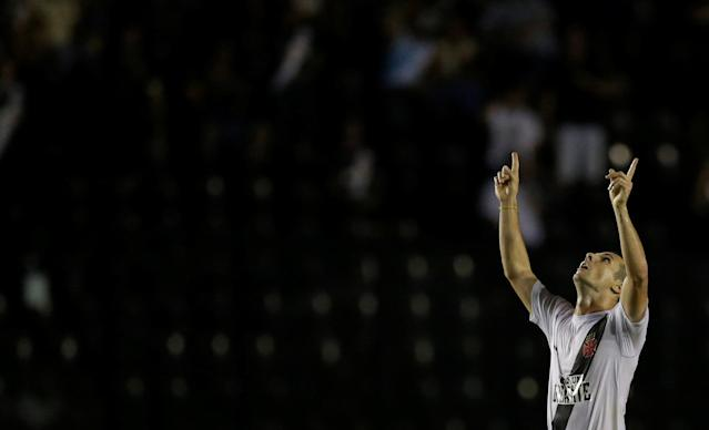 Soccer Football - Vasco da Gama v Racing - Copa Libertadores - Sao Januario stadium, Rio de Janeiro, Brazil - April 26, 2018. Wagner of Vasco da Gama celebrates after scoring. REUTERS/Ricardo Moraes