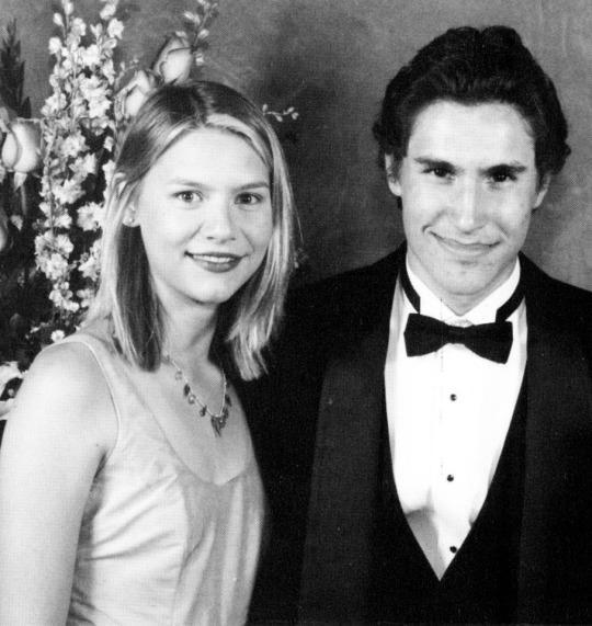 <p><em>My So-Called Life</em> alum Claire Danes was not as tortured about high school as her character, Angela Chase. Although the teen star received a lot of her education through on-set tutoring, she spent some time at L.A.'s Le Lycée Français, and attended its prom in 1997. What she learned from tutors obviously stuck, since she later attended Yale University. (Photo: Seth Poppel/Yearbook Library) </p>