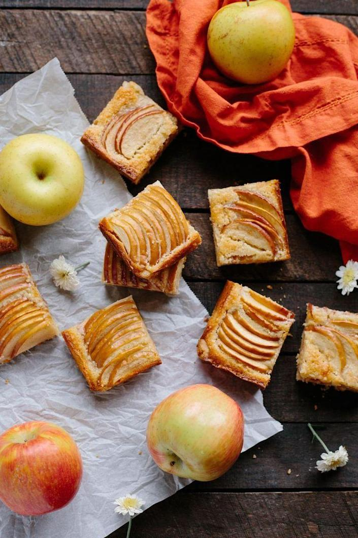 """<p>If you're looking for a standout dessert, consider these apple almond shortbread bars. They're simple to bake, and will look oh-so pretty on your table.</p><p><strong>Get the recipe at <a href=""""https://coleycooks.com/apple-almond-shortbread-bars/"""" rel=""""nofollow noopener"""" target=""""_blank"""" data-ylk=""""slk:Coley Cooks"""" class=""""link rapid-noclick-resp"""">Coley Cooks</a>.</strong></p>"""