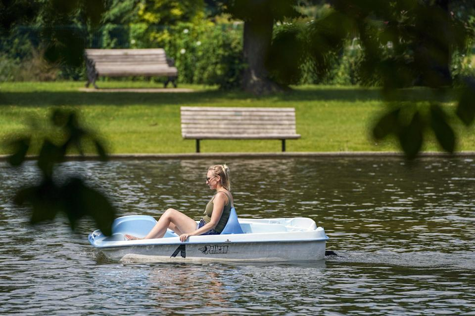 A pedalo on a lake in Newbury, Berkshire (Steve Parsons/PA) (PA Wire)