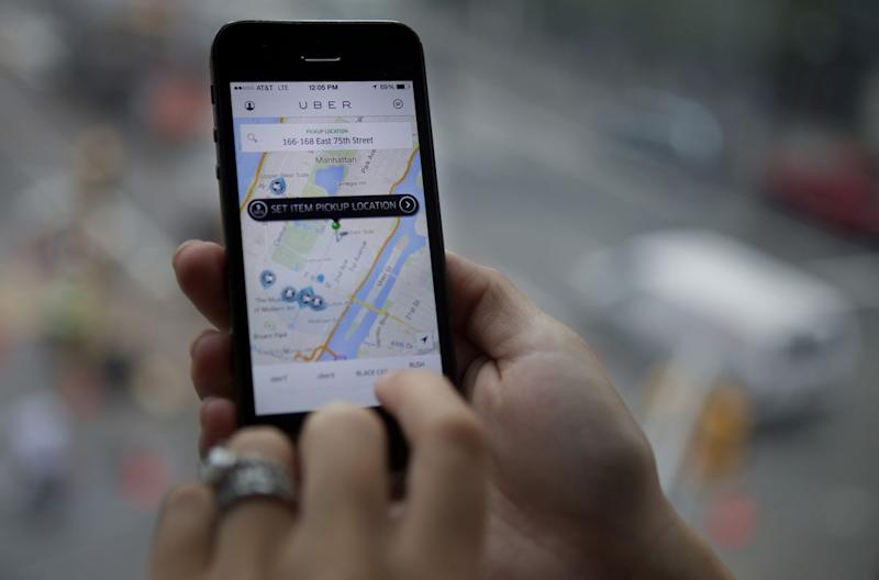 New York Approves First U S  Cap on Uber, App-Based Cab Drivers