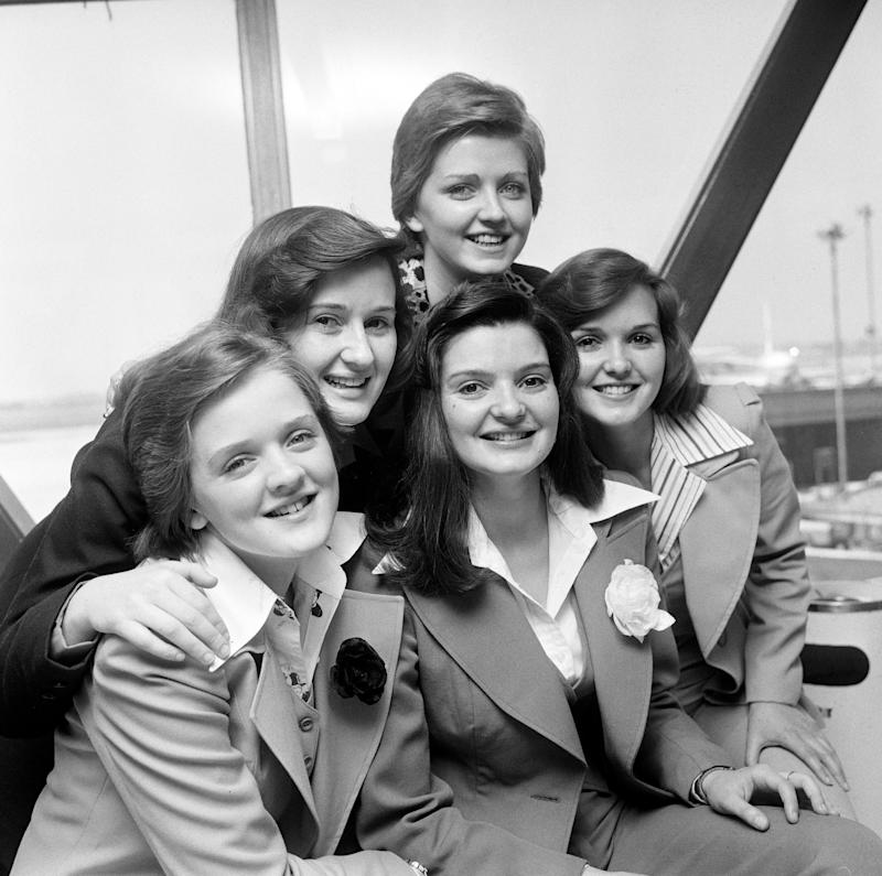 The Nolan Sisters, left to right, Bernadette, Denise, Linda (top), Anne and Maureen, the sole supporting act to appear in Frank Sinatra's Paris concert. (Photo by PA Images via Getty Images)