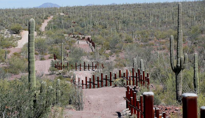 Trump's Mexico Border Wall To Start By Summer End, John Kelly Says