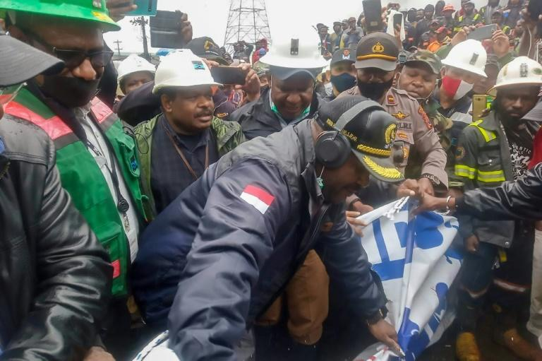 Huge Indonesia mine resumes operations after lockdown protest