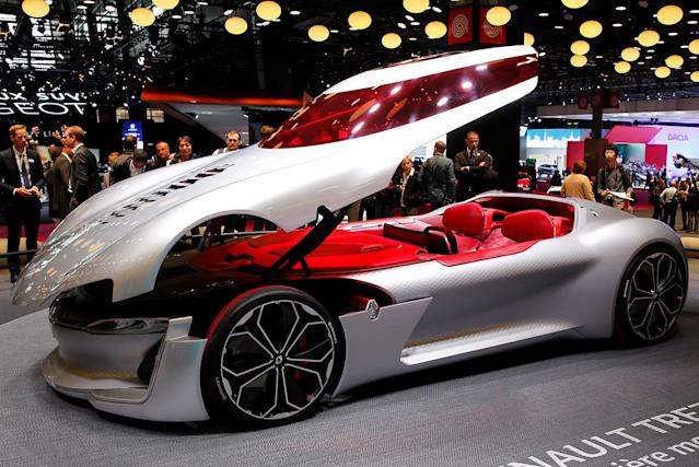Hottest Cars On Display At The Paris Motor Show - Auto display