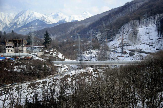 A photo taken on a press tour on February 17, 2012 shows a pipeline near the Russian ski resort of Krasnaya Polyana , some 50 kms from the Russian Black Sea resort of Sochi, venue of the 2014 Winter Olympics games. Russian government officials have brushed off concerns over corruption and delays to insist the venues hosting the 2014 Olympic Games in Sochi will be completed well ahead of schedule.  The first Olympic Games to be held in Russia since the boycott-hit Moscow Games in 1980 should herald another step forward on sport's world stage for the former Soviet Union. AFP  PHOTO / OLIVIER MORIN