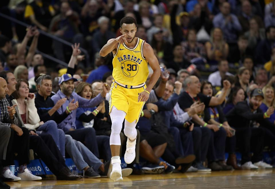 Warriors guard Steph Curry put up 51 points in just three quarters on Wednesday night against the Washington Wizards. (Getty Images)