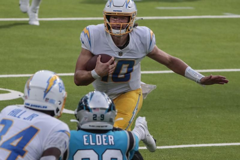 Inglewood, CA, Sunday, September 27, 2020 - Los Angeles Chargers quarterback Justin Herbert.