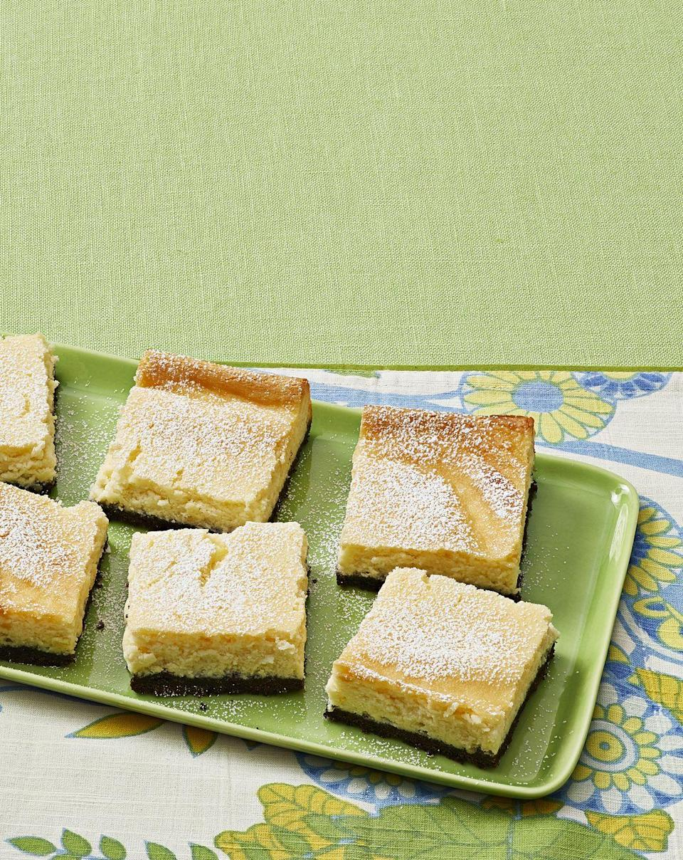 """<p>These Key lime cheesecake bars are great for serving at a party. Guests can easily grab one and mingle.</p><p><a href=""""https://www.thepioneerwoman.com/food-cooking/recipes/a32973050/key-lime-pie-cheesecake-bars-recipe/"""" rel=""""nofollow noopener"""" target=""""_blank"""" data-ylk=""""slk:Get the recipe."""" class=""""link rapid-noclick-resp""""><strong>Get the recipe.</strong></a></p><p><a class=""""link rapid-noclick-resp"""" href=""""https://go.redirectingat.com?id=74968X1596630&url=https%3A%2F%2Fwww.walmart.com%2Fip%2FThe-Pioneer-Woman-3-3-Quart-Fiona-Floral-Batter-Bowl%2F505097584&sref=https%3A%2F%2Fwww.thepioneerwoman.com%2Ffood-cooking%2Fmeals-menus%2Fg32109085%2Ffourth-of-july-desserts%2F"""" rel=""""nofollow noopener"""" target=""""_blank"""" data-ylk=""""slk:SHOP MIXING BOWLS"""">SHOP MIXING BOWLS</a></p>"""