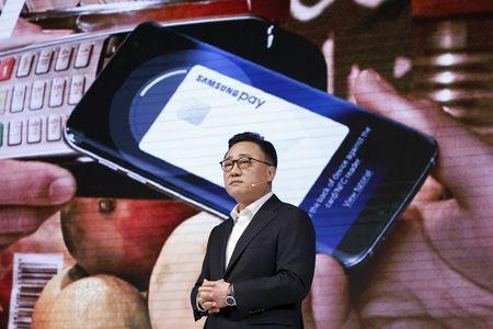 Koh Dong-jin, president of Samsung Electronics' mobile communications business, speaks during a launching ceremony for Galaxy S7 and S7 Edge new smartphones in Seoul, South Korea, March 10, 2016. REUTERS/Kim Hong-Ji