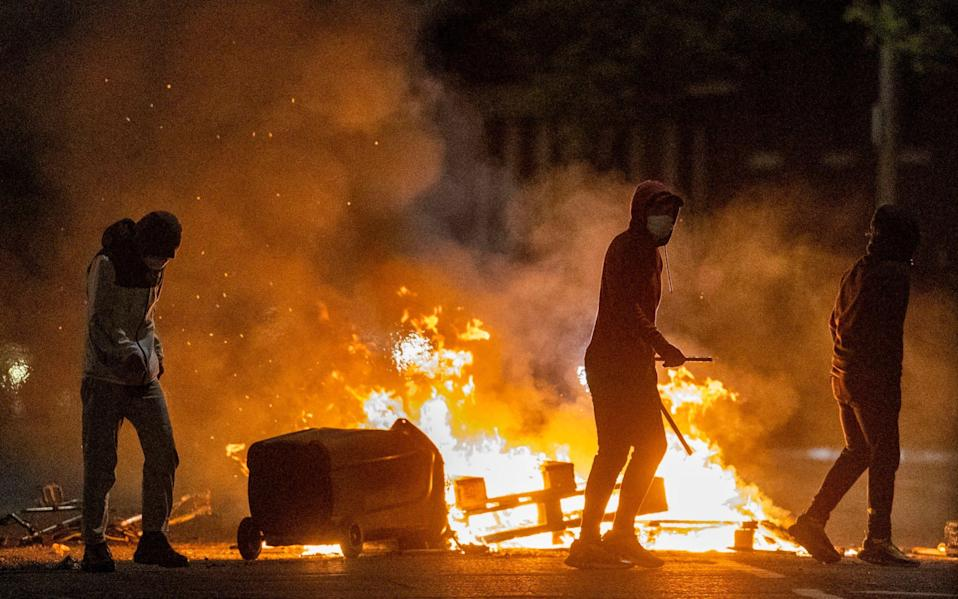 Loyalists clashed with police - PA
