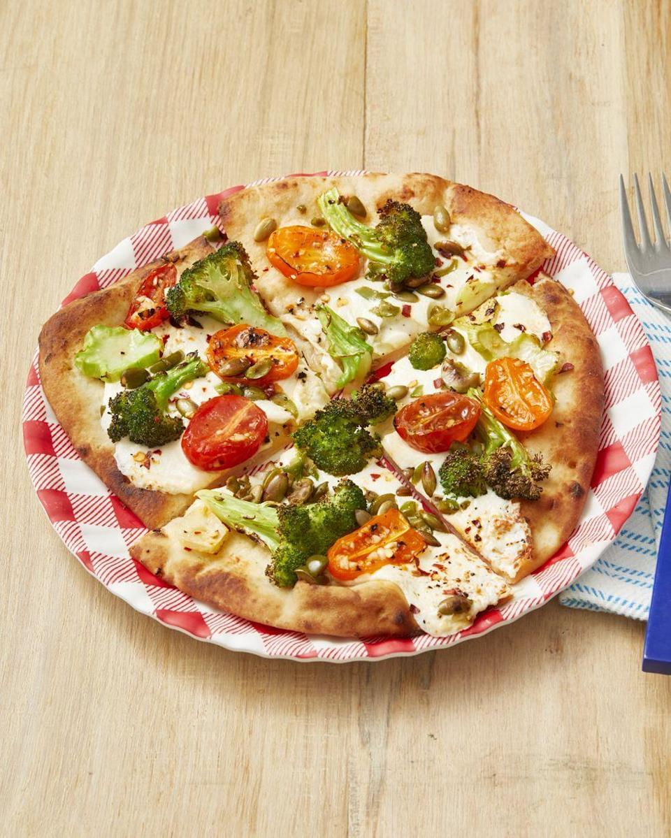 "<p>Mouthwatering homemade pizza—without the hassle of homemade dough? Yes, it's possible, and your mom won't be able to tell the difference.</p><p><strong><a href=""https://www.thepioneerwoman.com/food-cooking/recipes/a32477009/broccoli-and-tomato-flatbread-pizzas-recipe/"" rel=""nofollow noopener"" target=""_blank"" data-ylk=""slk:Get the recipe"" class=""link rapid-noclick-resp"">Get the recipe</a>.</strong></p><p><strong><a class=""link rapid-noclick-resp"" href=""https://go.redirectingat.com?id=74968X1596630&url=https%3A%2F%2Fwww.walmart.com%2Fbrowse%2Fhome%2Fserveware%2Fthe-pioneer-woman%2F4044_623679_639999_2347672&sref=https%3A%2F%2Fwww.thepioneerwoman.com%2Ffood-cooking%2Fmeals-menus%2Fg35589850%2Fmothers-day-dinner-ideas%2F"" rel=""nofollow noopener"" target=""_blank"" data-ylk=""slk:SHOP SERVEWARE"">SHOP SERVEWARE</a><br></strong></p>"