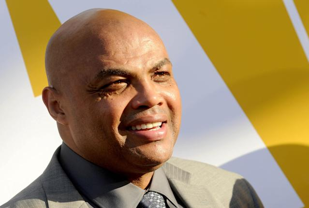 """Charles Barkley will by honored by the <a class=""""link rapid-noclick-resp"""" href=""""/nba/teams/philadelphia/"""" data-ylk=""""slk:76ers"""">76ers</a> with a statue outside the practice facility. (Dennis Van Tine/STAR MAX/Associated Press)"""
