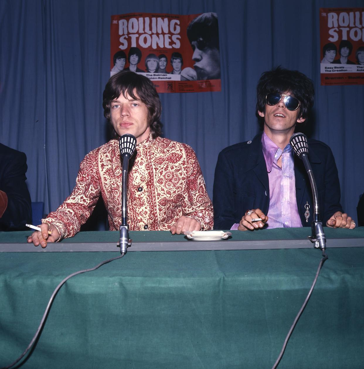 BREMEN, GERMANY - MARCH 29: Mick Jagger and Keith Richards of The Rolling Stones at a press conference at the Stadthalle on March 29th 1967 in Bremen, Germany. (Photo by K & K Ulf Kruger OHG/Redferns)