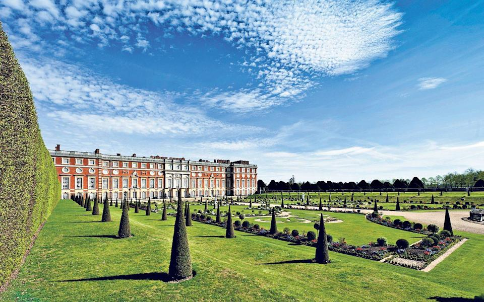 The Privy Garden at Hampton Court Palace, East Moseley is a beautiful sight in all seasons - Richard Lea-Hair