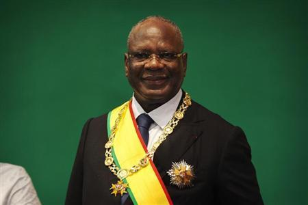 Mali's President-elect Keita poses for a picture after being sworn-in as president in Bamako