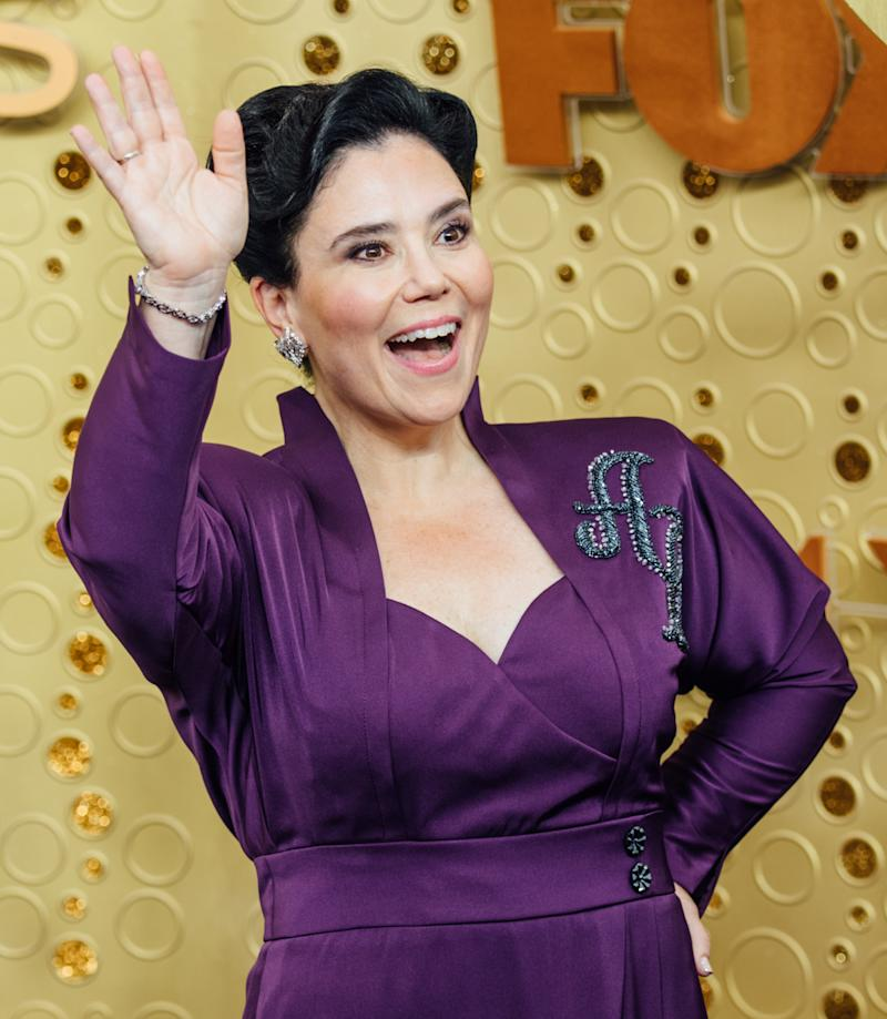 Alex Borstein took to Instagram to share her beauty secret. (Photo: Getty Images)