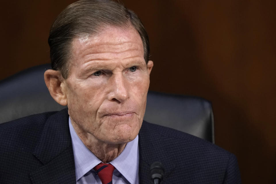 Sen. Richard Blumenthal, D-Conn., listens as the Senate Judiciary Committee hears from legal experts on the final day of the confirmation hearing for Supreme Court nominee Amy Coney Barrett, on Capitol Hill in Washington, Thursday, Oct. 15, 2020. (AP Photo/J. Scott Applewhite)