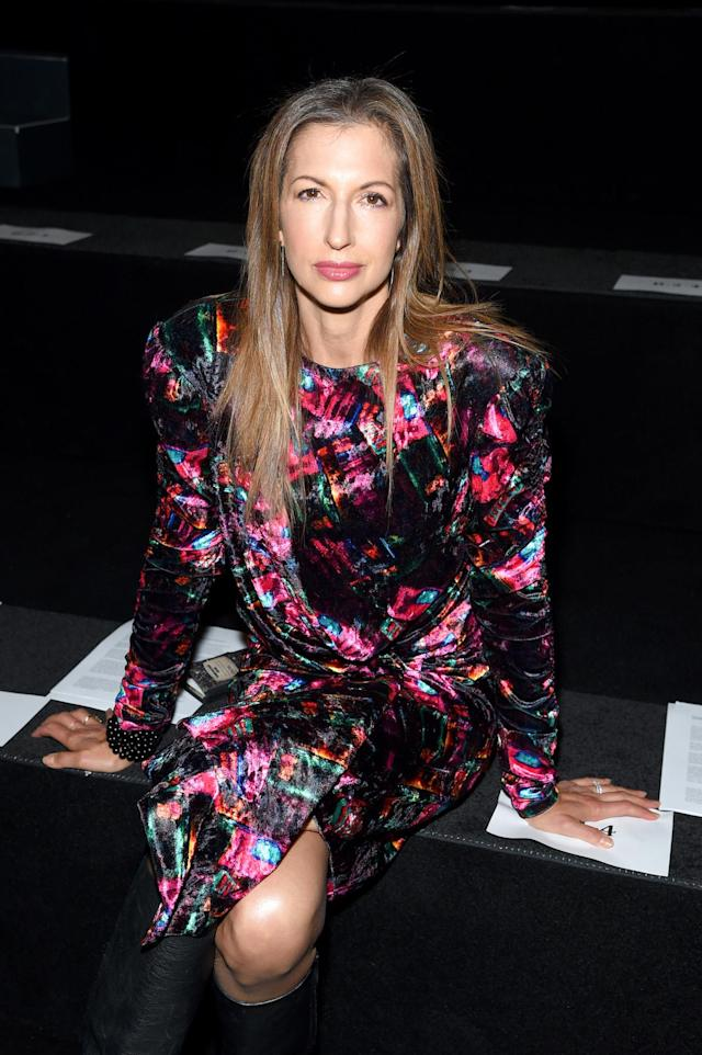 <p>Alysia Reiner attends the Vivienne Tam fashion show during New York Fashion Week: The Shows at Gallery 1, Skylight Clarkson Sq on September 10, 2017 in New York City. (Photo by Jamie McCarthy/Getty Images for Vivienne Tam) </p>