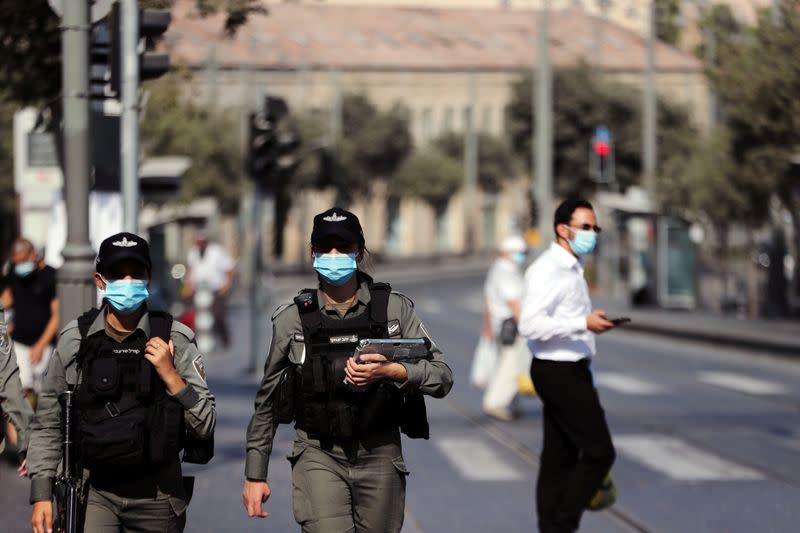 Israel returns to lockdown as COVID-19 cases mount