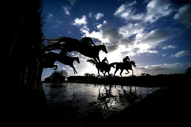<p>A general view as runners clear the water jump at Wincanton racecourse on November 23, 2017 in Wincanton, United Kingdom. (Photo by Alan Crowhurst/Getty Images) </p>
