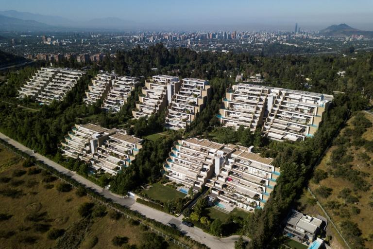 Aerial view of a luxury condominium at Lo Barnechea commune in Santiago, on October 31, 2020. The results of a recent referendum were testament to a social gap that has been denounced for a year by demonstrators