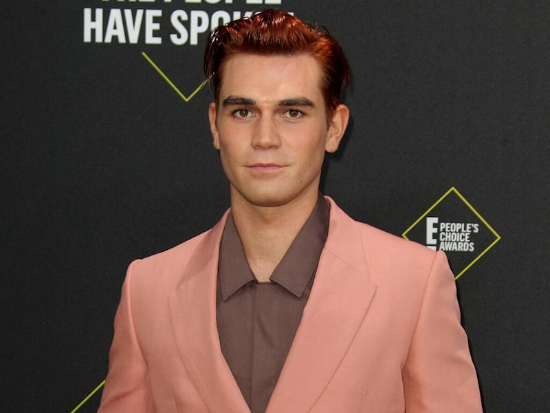 KJ Apa gets two metal stitches in his head after suffering on-set injury