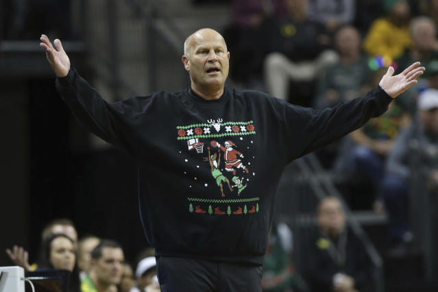 Oregon head women basketball coach Kelly Graves gestures toward his team during the second quarter of an NCAA college basketball game against Kansas State in Eugene, Ore., Saturday, Dec. 21, 2019. (AP Photo/Chris Pietsch)