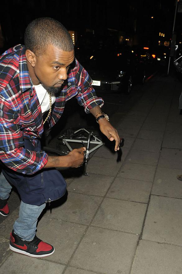 PHOTOS: Kanye West Loses His Cool In London On Dinner Date With Kim Kardashian
