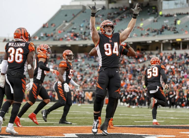 Cincinnati's Sam Hubbard celebrates a sack in the Bengals' first win of the NFL season, a 22-6 decision over the New York Jets