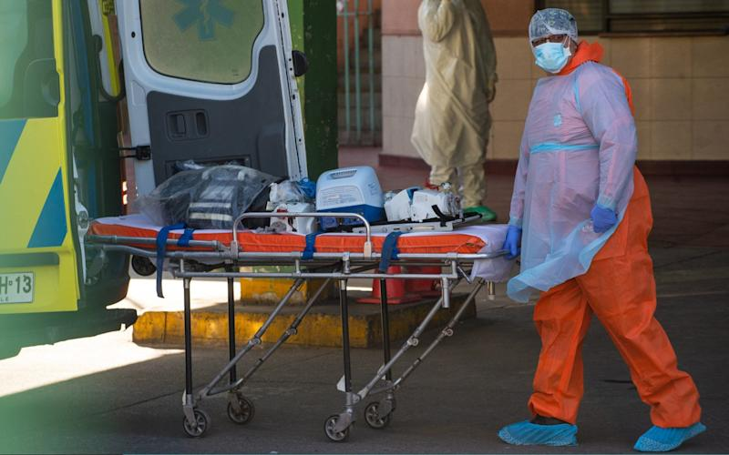 Medical staff at a hospital in San Jose, Chile - Claudio Santana/Getty Images
