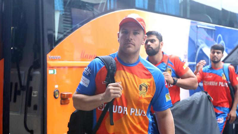 "The Crazy Reason Gujarat Lions Had to ""Drop"" Aaron Finch vs Mumbai"