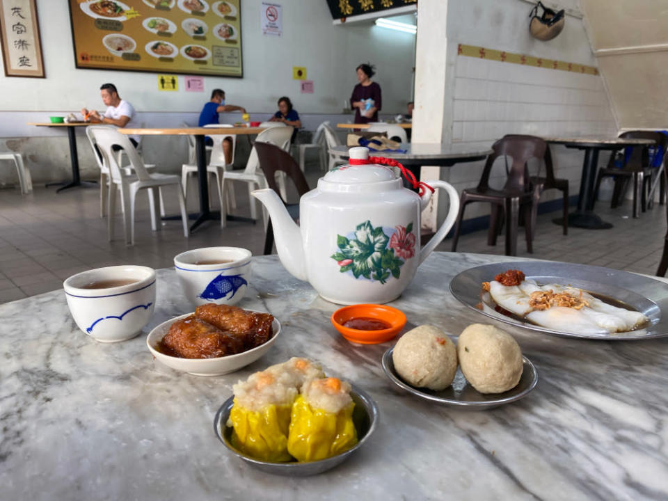 This old-style cafe serves traditional Cantonese-style dim sum. — Picture by Steven Ooi KE