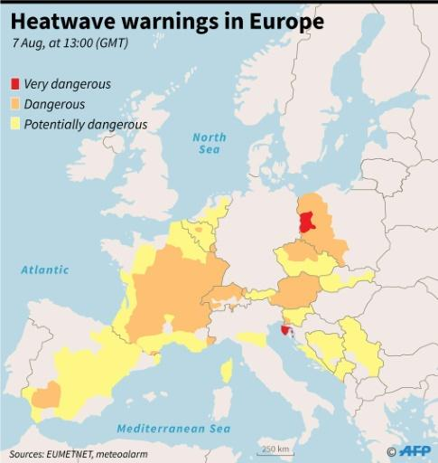 Map of Europe showing heatwave warnings at 13:00 GMT August 7