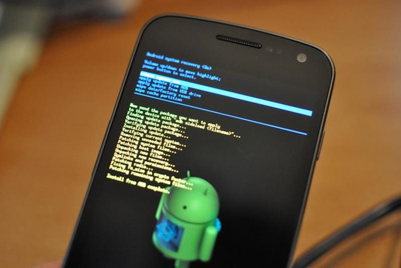 Newly Discovered Android Exploit 'Cloak and Dagger' Lets Hackers Hide Malicious Activity