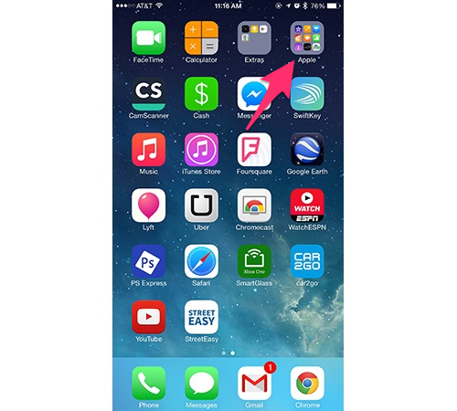 Creating a new folder on the iPhone home screen