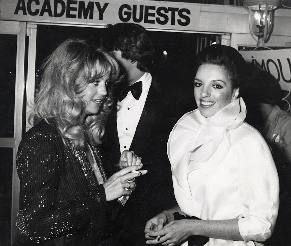 Goldie Hawn, Mark Gero and Minnelli at the Dorothy Chandler Pavilion in Beverly Hills, California, 14 April 1980