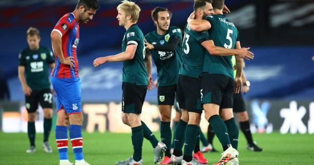Foot - ANG - Angleterre : Burnley s'accroche à l'Europe